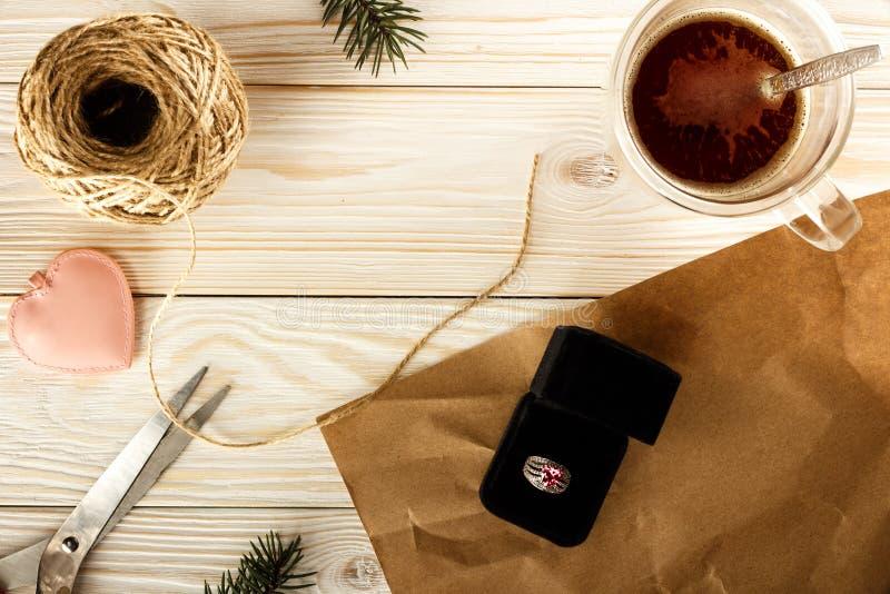 Joyería del embalaje para las mujeres Regalo de la Navidad para las señoras La visión f fotos de archivo libres de regalías