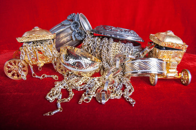 Joyería mezclada del oro y de la plata fotografía de archivo