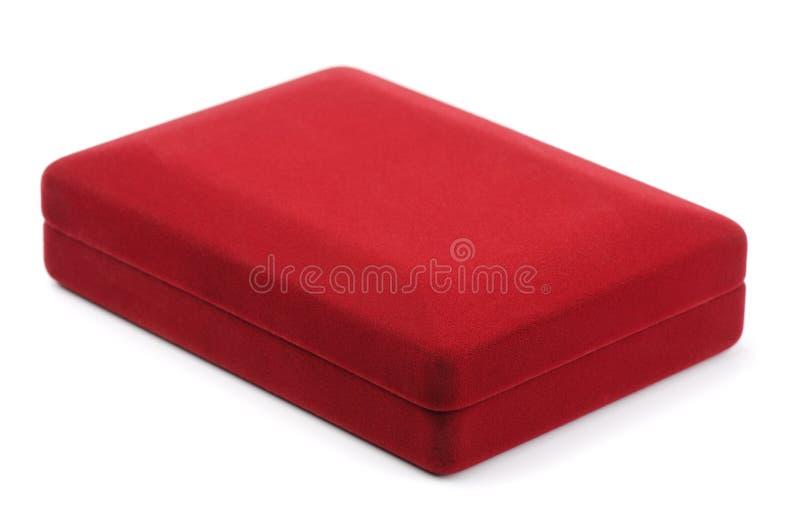 Joyero rojo cerrado del terciopelo imagen de archivo