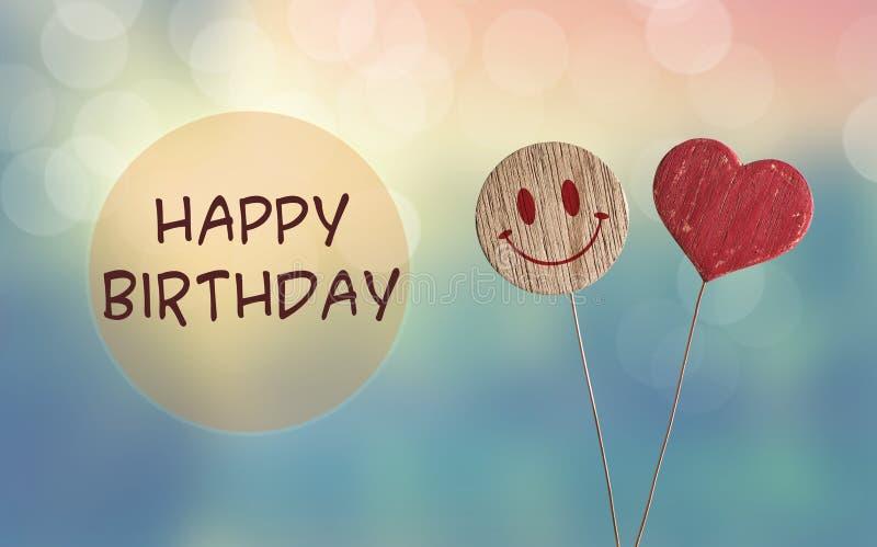 Joyeux anniversaire avec l'emoji de coeur et de sourire illustration libre de droits