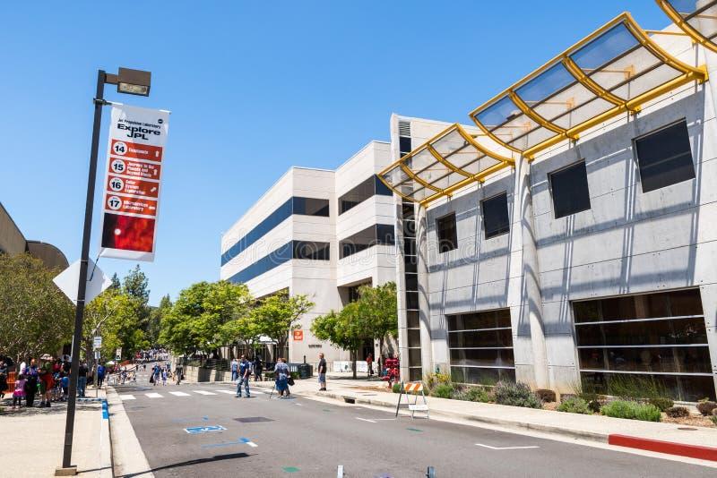 JPL-bezoek bij het `-kaartje van het opendeurdag` jaarlijkse evenement ` A om JPL ` te onderzoeken stock foto