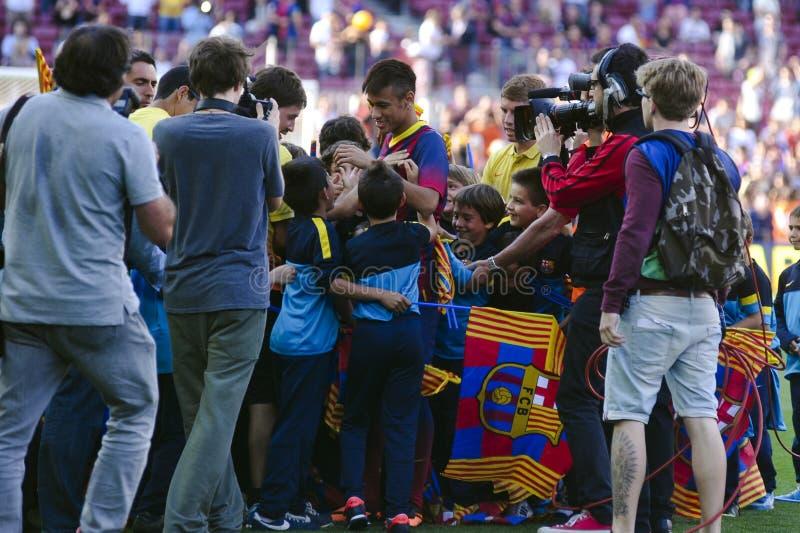 JR presentación oficial de Neymar como jugador del FC Barcelona imagen de archivo