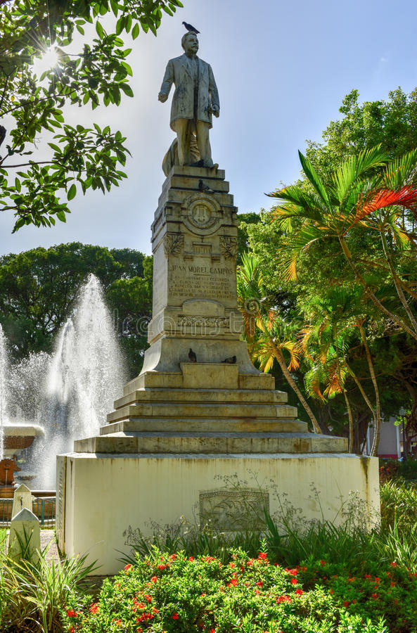 Juan Morel Campos Statue - Ponce, Puerto Rico lizenzfreie stockfotos