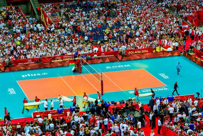 Juego de abertura del campeonato del mundo de los hombres del voleibol Polonia-Serbia, Varsovia, el 30 de agosto de 2014 imagen de archivo libre de regalías