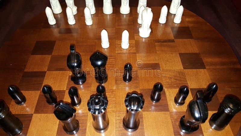 Juego de ajedrez blanco y negro fotos de archivo libres de regalías