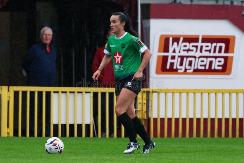 Juego para mujer de la liga nacional: Galway WFC contra Peamount unió imagen de archivo libre de regalías