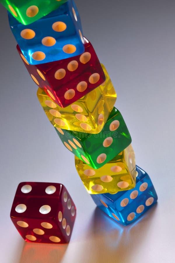 Juego - pila de dados del casino imágenes de archivo libres de regalías