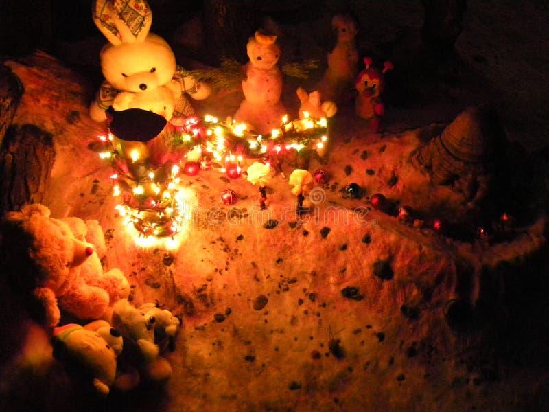 Juegos de la Navidad del invierno para los niños fotografía de archivo