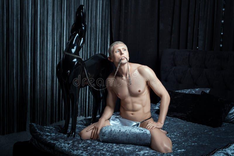 Juegos del hombre del Metrosexual foto de archivo libre de regalías