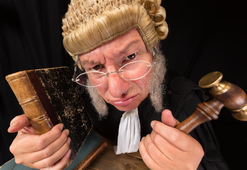 Juez gruñón foto de archivo