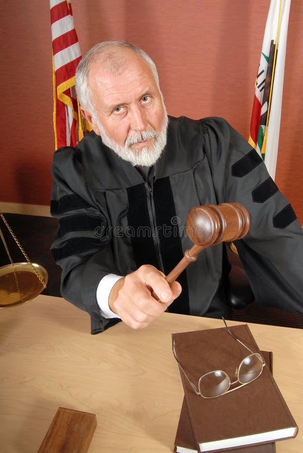 Juez severo imagen de archivo