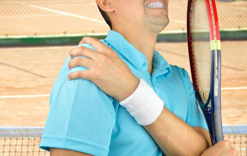 Jugador con dolor en hombro foto de archivo libre de regalías