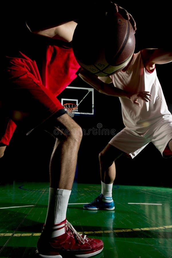 Jugador de básquet en la acción fotos de archivo libres de regalías
