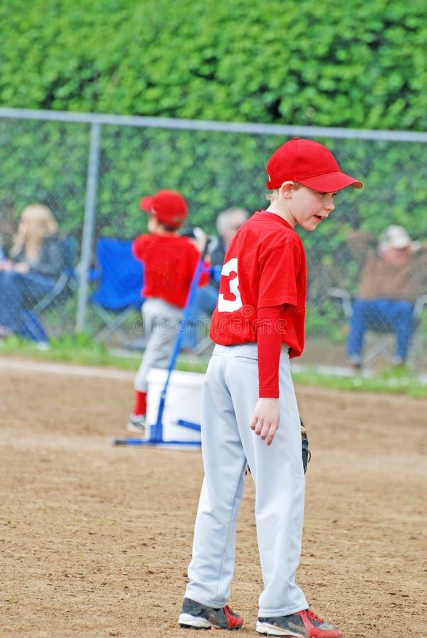 Jugador de béisbol de la liga pequeña.