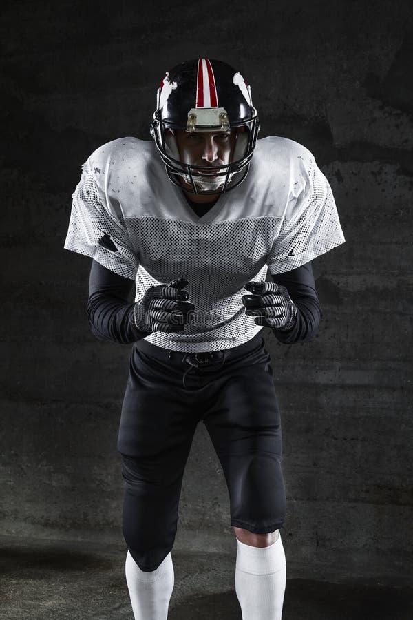 Jugador de fútbol americano que le espera imagen de archivo