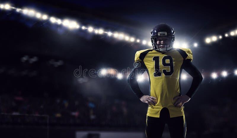 Jugador de fútbol americano Técnicas mixtas imágenes de archivo libres de regalías