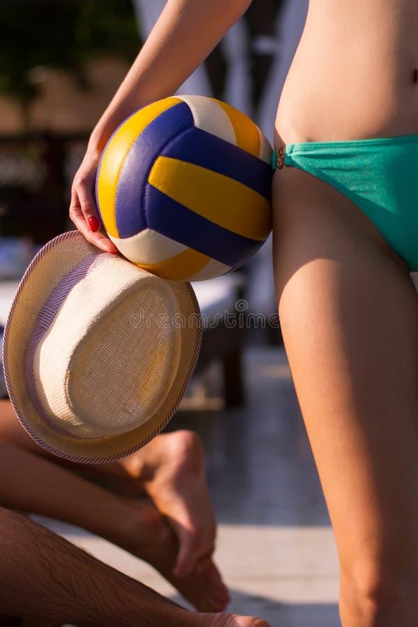 Jugador de la muchacha del voleibol fotografía de archivo libre de regalías