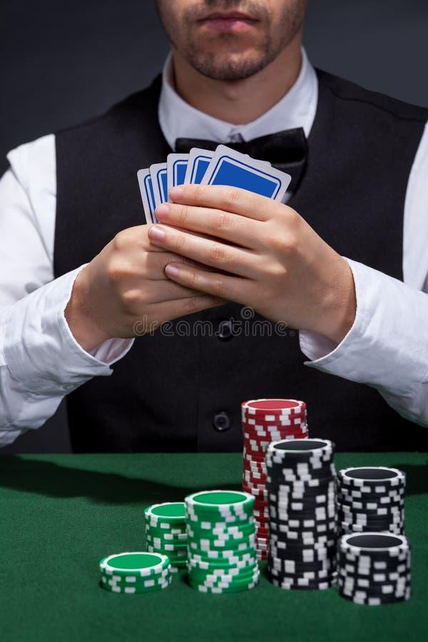 Jugador de póker en una racha de victorias imagen de archivo
