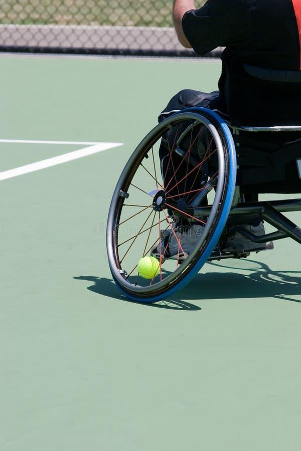 Jugador de tenis del sillón de ruedas fotografía de archivo libre de regalías