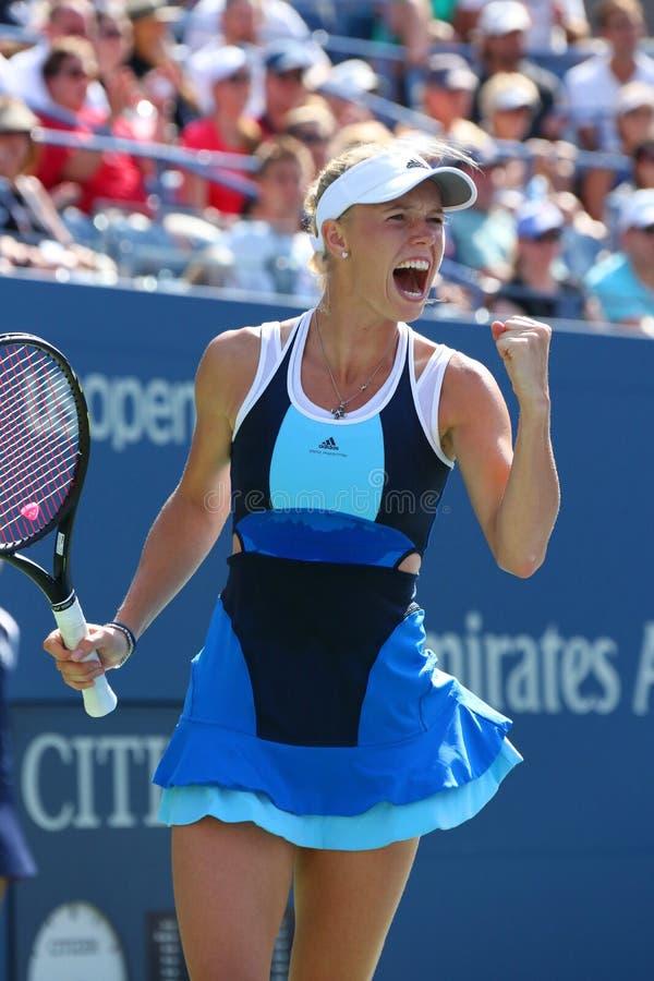 Jugador de tenis profesional Caroline Wozniacki durante el primer partido de la ronda en el US Open 2013 en Billie Jean King Natio fotografía de archivo libre de regalías