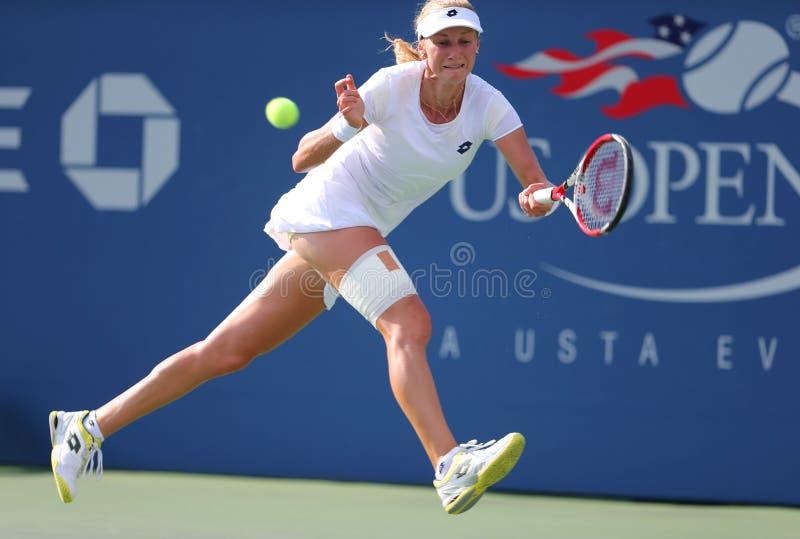Jugador de tenis profesional Ekaterina Makarova durante cuarto partido de la ronda en el US Open 2014 foto de archivo