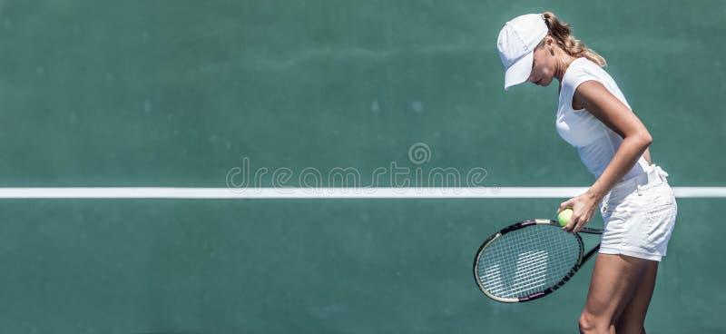 Jugador de tenis de sexo femenino foto de archivo