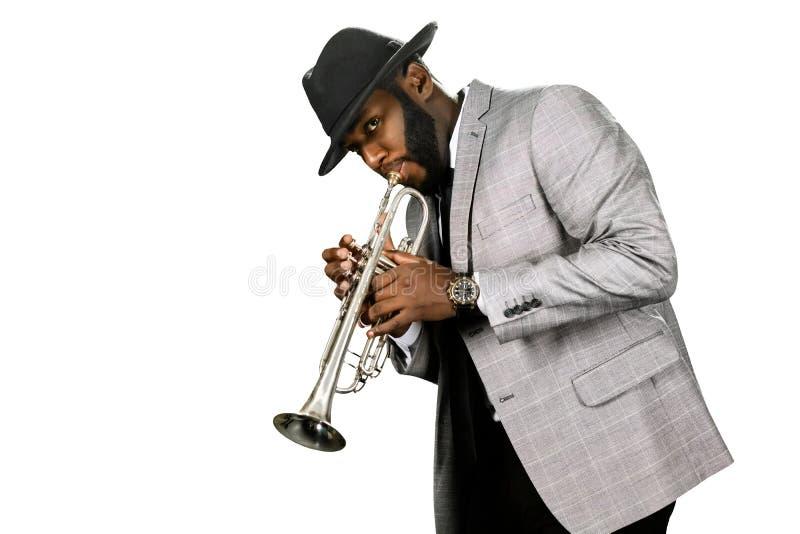 Jugador de trompeta barbudo fotos de archivo libres de regalías
