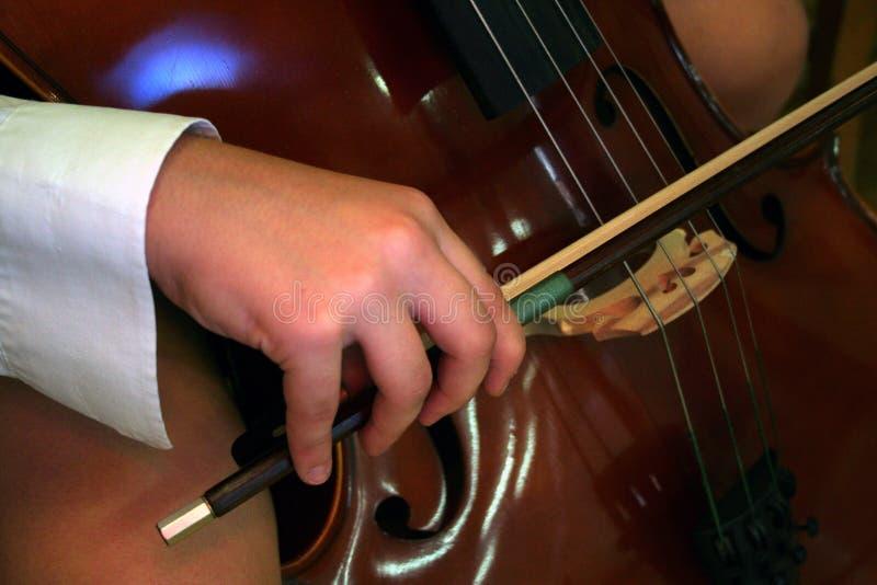 Download Jugador del violoncelo foto de archivo. Imagen de mano - 1297198