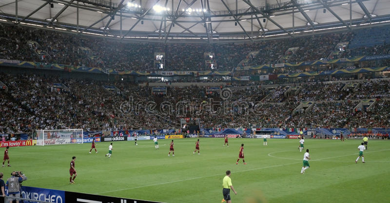 Jugadores de fútbol - estadio de fútbol, Europa del norte fotografía de archivo libre de regalías