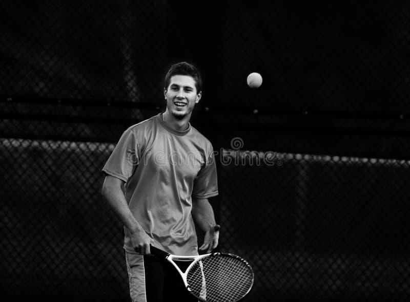 Download Jugar a tenis imagen de archivo. Imagen de competición - 7279827
