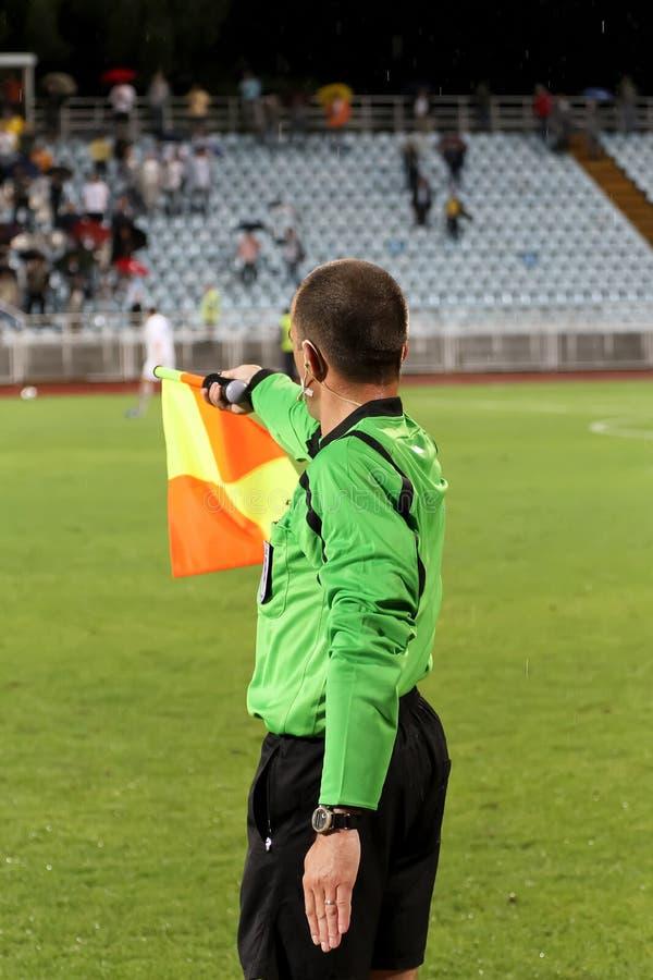Juge de ligne du football images libres de droits