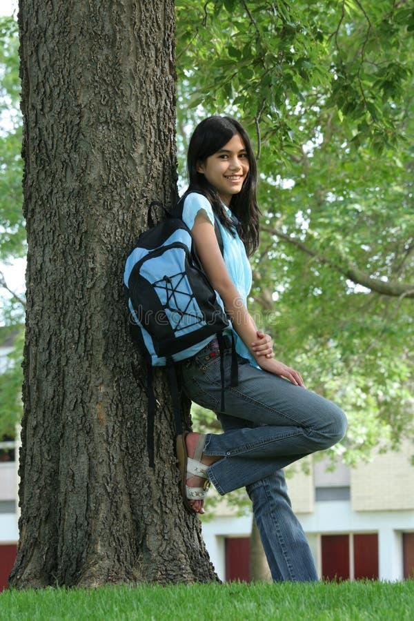 Jugendlich bereiten Sie für Highschool vor stockfotografie