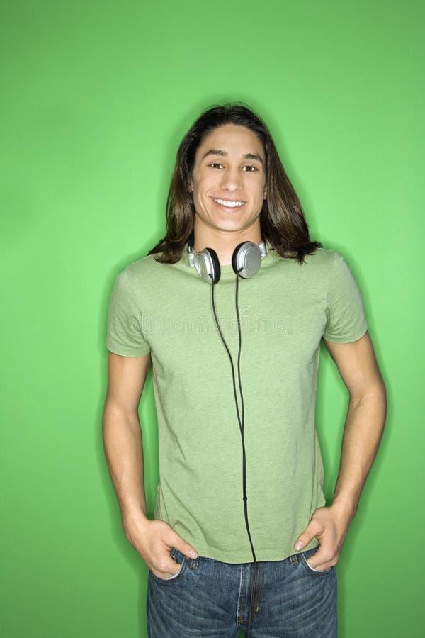 Jugendlich Junge mit Kopfhörern. lizenzfreie stockfotografie