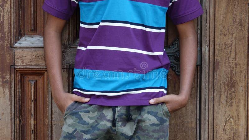 Jugendlich Jungen-Torso stockfoto