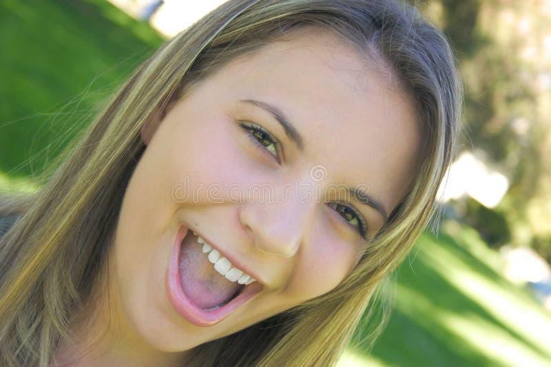 Download Jugendlich Mädchen stockbild. Bild von frauen, lachen, mädchen - 26551