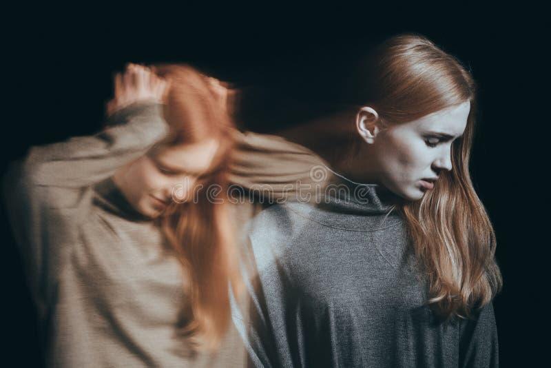 Jugendlicher mit Geisteskrankheit lizenzfreies stockfoto