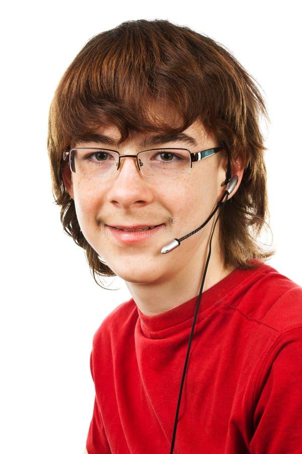 Jugendlicher mit Gläsern stockbild