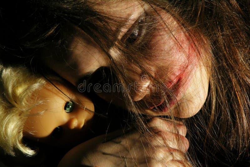 Jugendlicher vom heutigen Tag mit psihical Problemen lizenzfreies stockfoto
