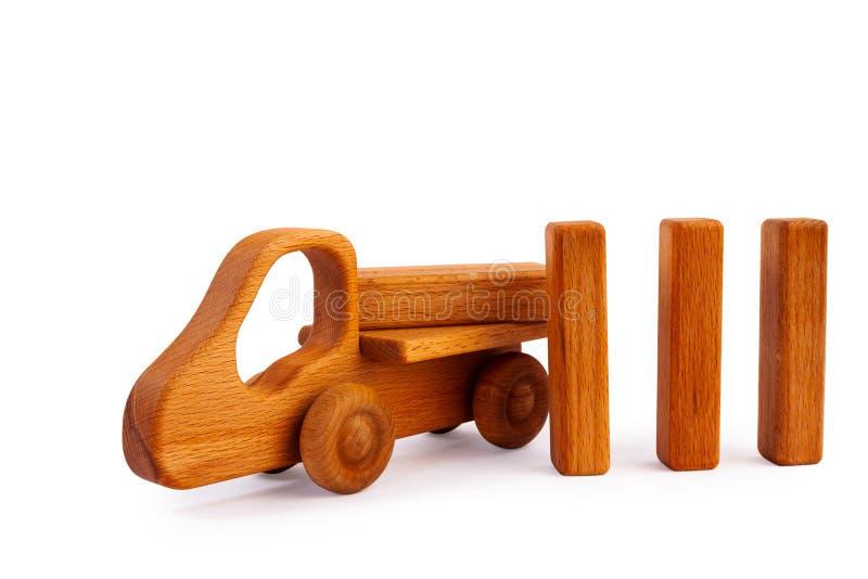 Juguete de madera para los cabritos imagenes de archivo