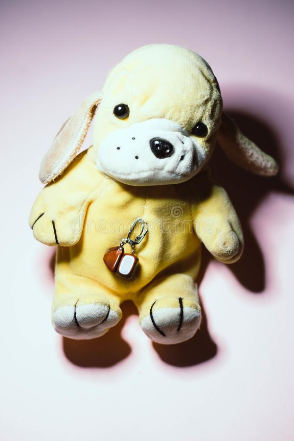 Juguete suave 'perro ' foto de archivo libre de regalías