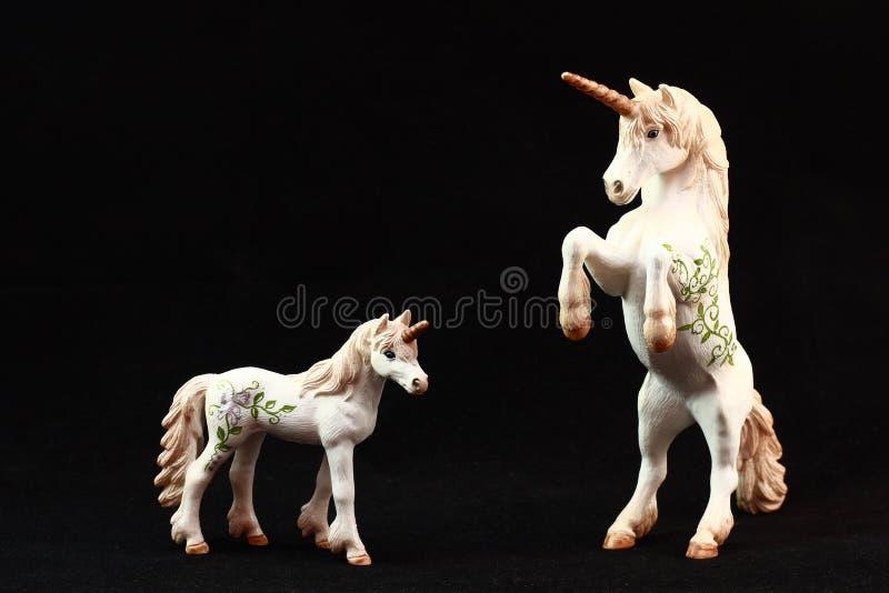 Juguetes de la estatuilla del unicornio imagen de archivo libre de regalías