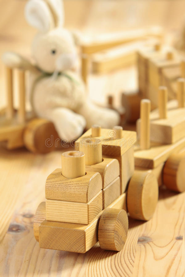 Juguetes de madera imagen de archivo
