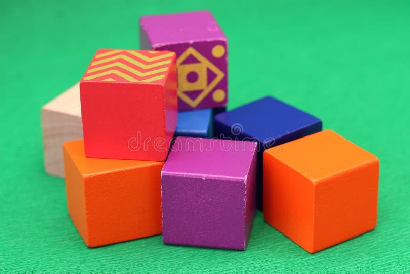 Download Juguetes de madera foto de archivo. Imagen de verde, learning - 42426430