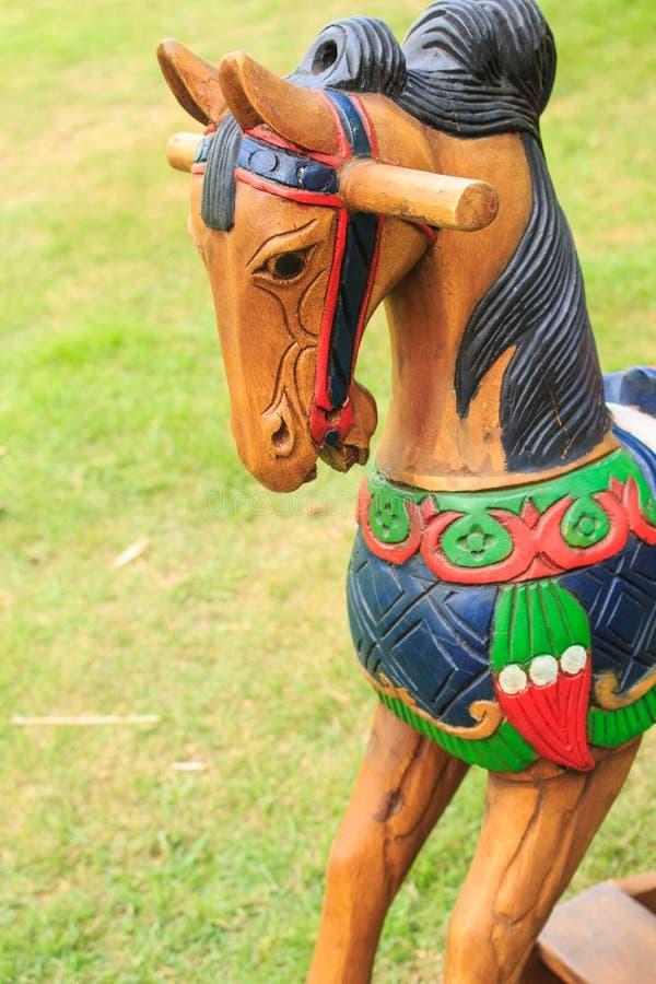 juguetes de madera del caballo del primer fotos de archivo libres de regalías