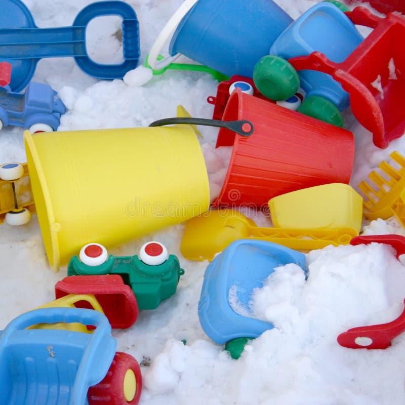 Juguetes y nieve foto de archivo libre de regalías