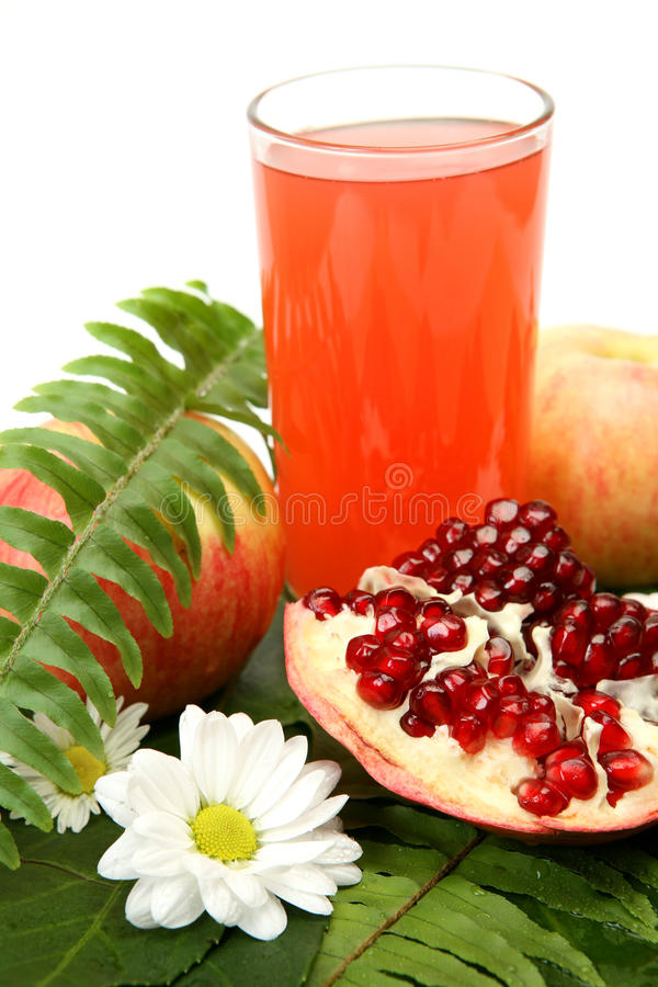 Download Juice And Fruit Royalty Free Stock Images - Image: 14155219