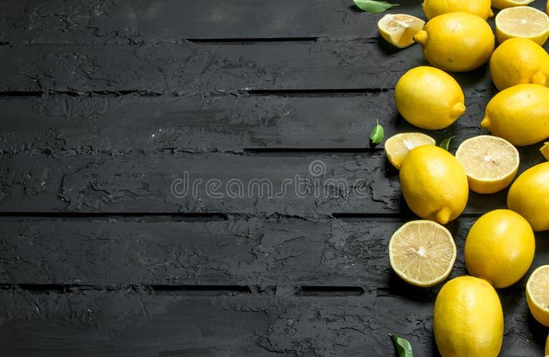 juicy λεμόνια ώριμα στοκ εικόνες με δικαίωμα ελεύθερης χρήσης