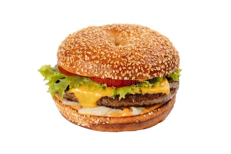 Juicy φρέσκο Burger απομονωμένο στο λευκό υπόβαθρο στοκ φωτογραφία με δικαίωμα ελεύθερης χρήσης