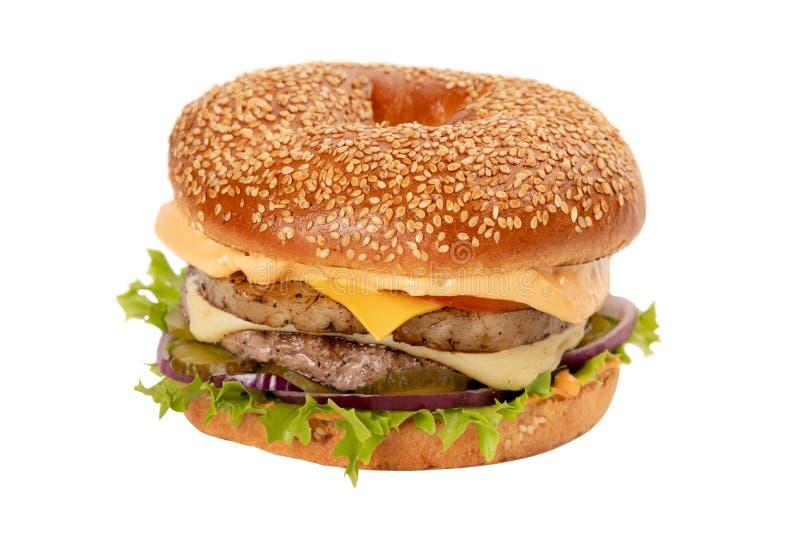 Juicy φρέσκο Burger με τον ανανά απομονωμένο στο λευκό υπόβαθρο στοκ εικόνες