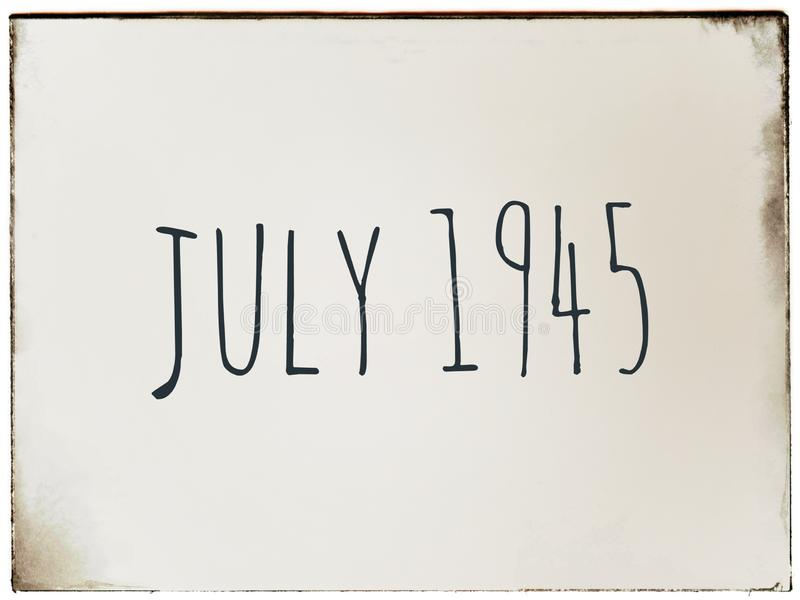 Juillet 1945 date sur un fond de cru illustration stock